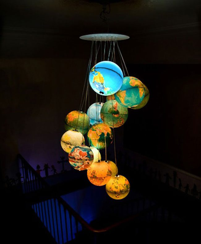 funny-clever-alternatives-every-day-objects-planets-light