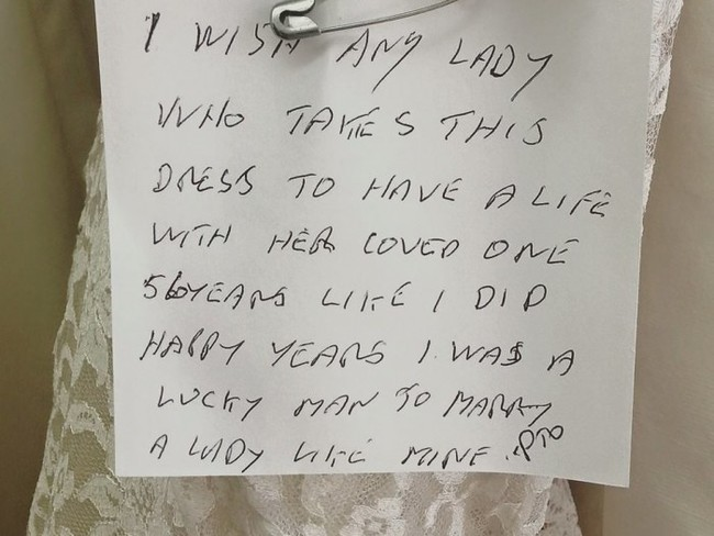 note from wedding dress