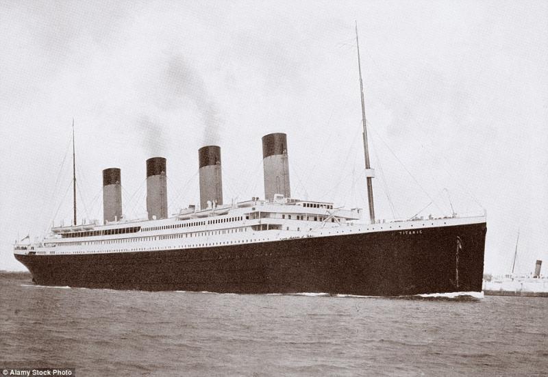 titanic exact replica billionaire 10