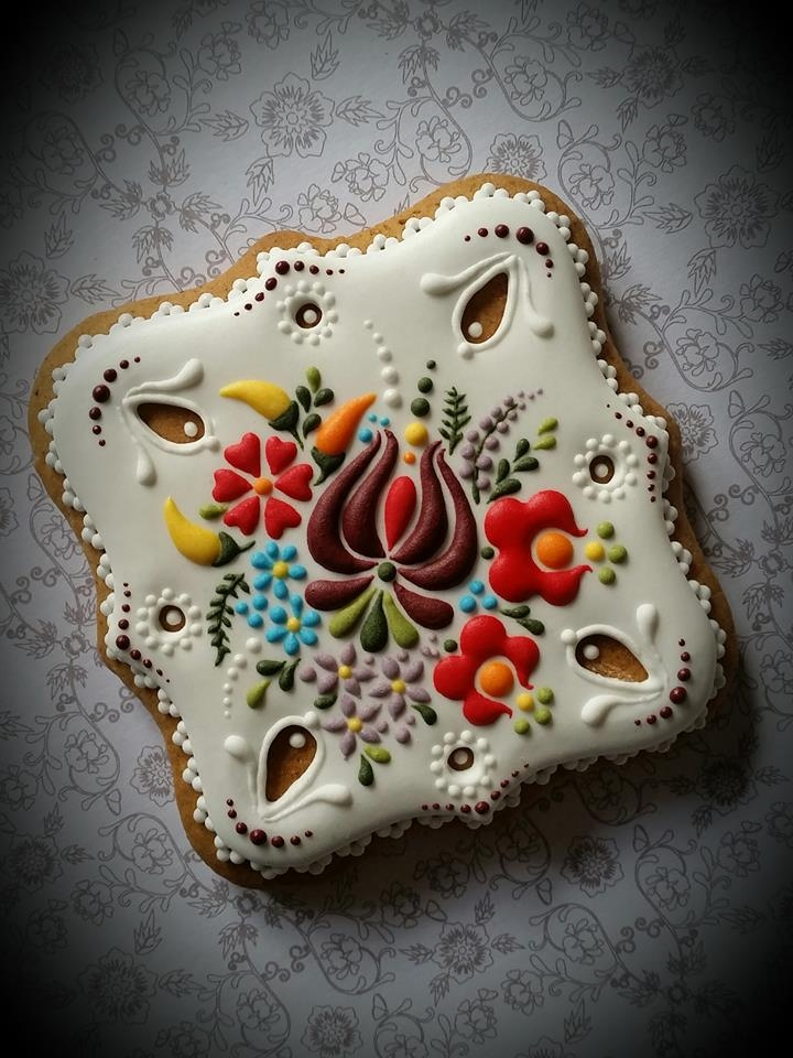 embroidery cookies 2