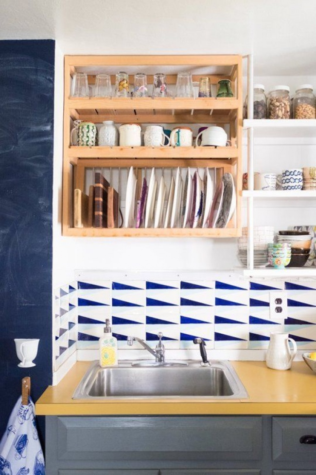 make most of small kitchen 10