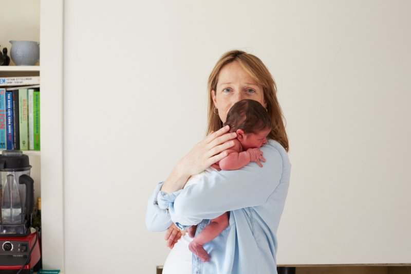 mother and newborn 15
