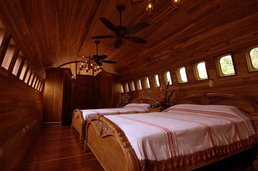mythical hotels 18