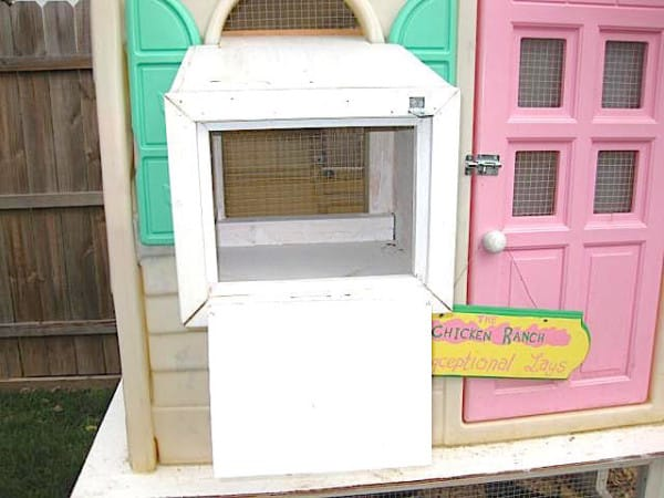 old playhouse upcycled 2
