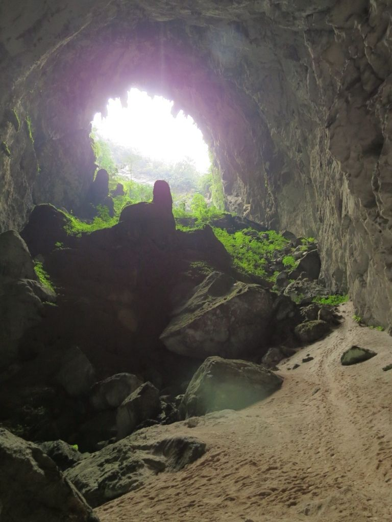 largest cave in world 8