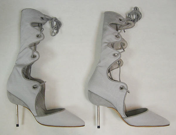 history of shoes from the metropolitan 22