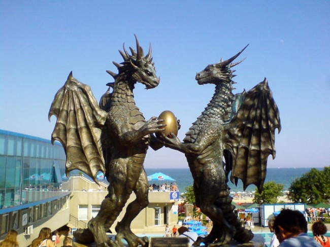 modern sculptures 18