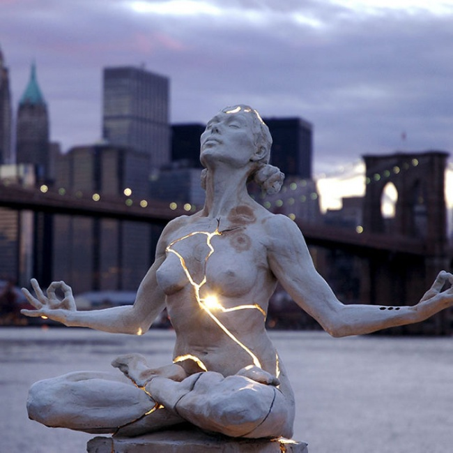 modern sculptures 4