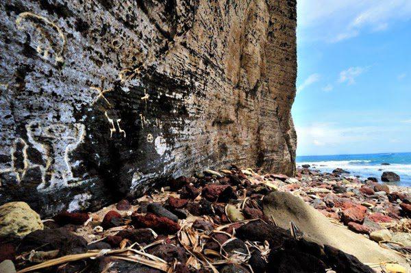 pitcairn begging for new residents 10