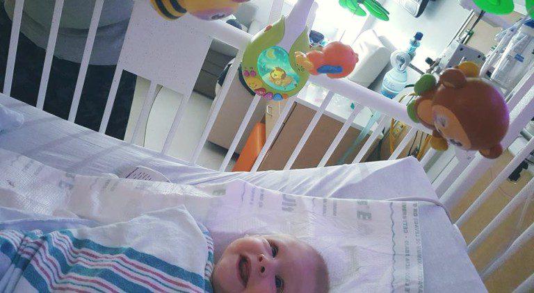 baby born brain outside skull 5