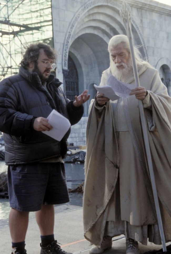 behind-the-scenes from movie sets photos 2