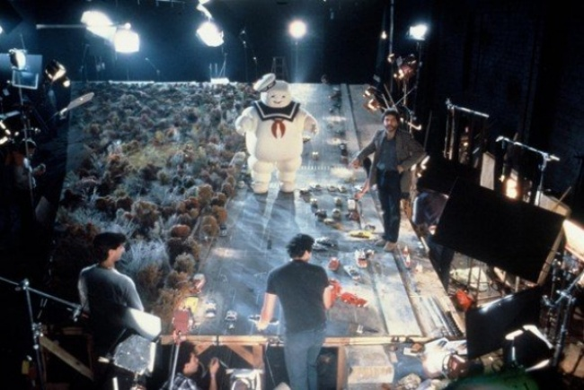 behind-the-scenes from movie sets photos 6