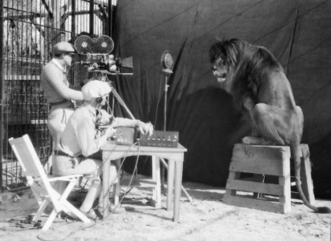behind-the-scenes from movie sets photos 8
