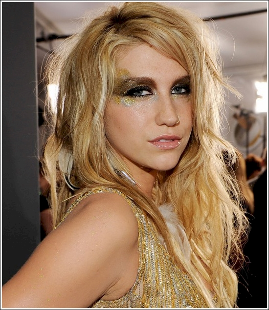 celebrities without their signature look 5