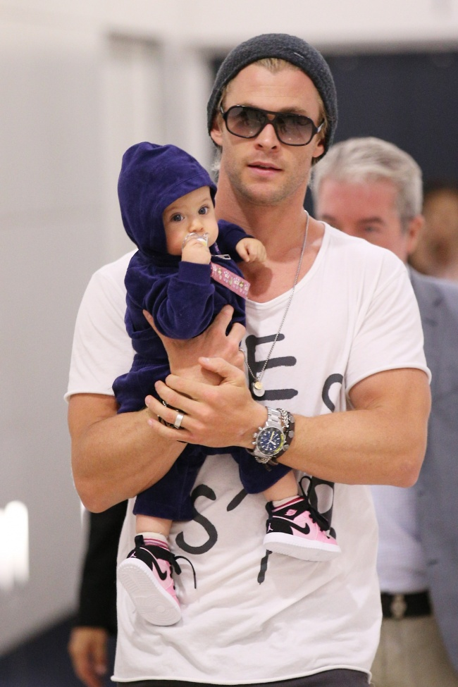 famous dads with their babies 9