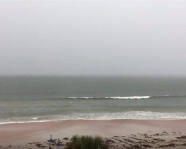 lightning strikes daytona beach
