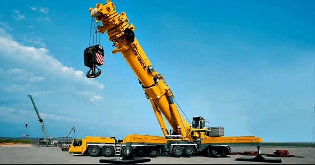 powerful mobile crane 1