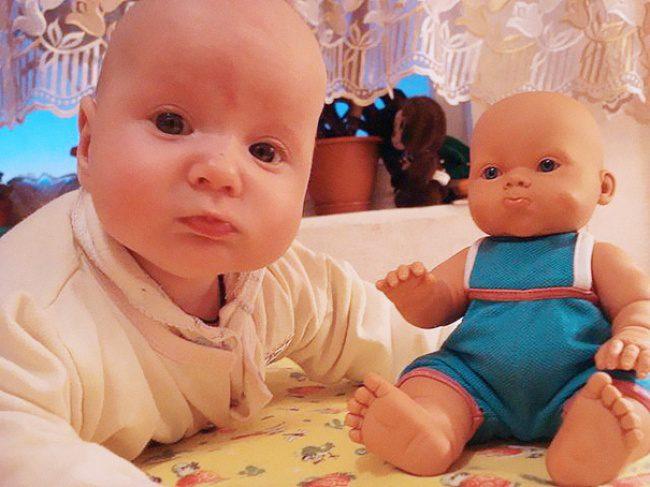 babies and look alike dolls 3