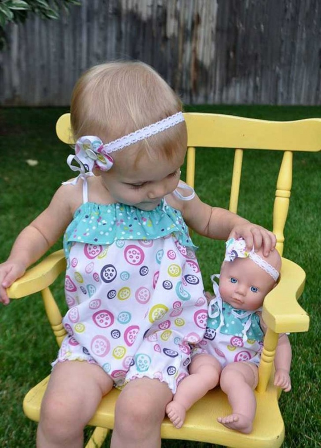 babies and look alike dolls 6
