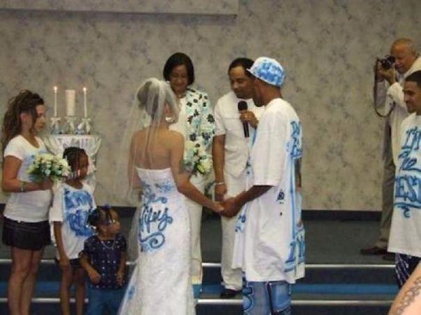 bizarre wedding dresses ever 1