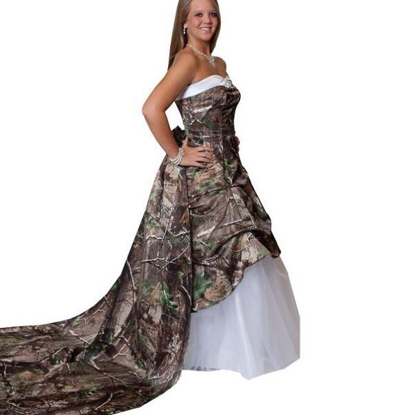 bizarre wedding dresses ever 9