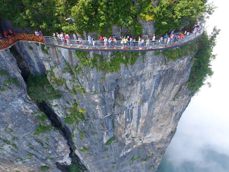 glass bridge in china