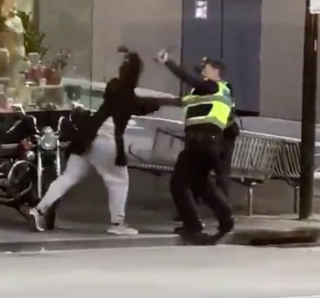 Australian-born terrorists citizenship stripping