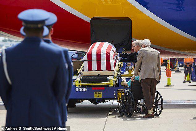 pilot flies remains veteran father