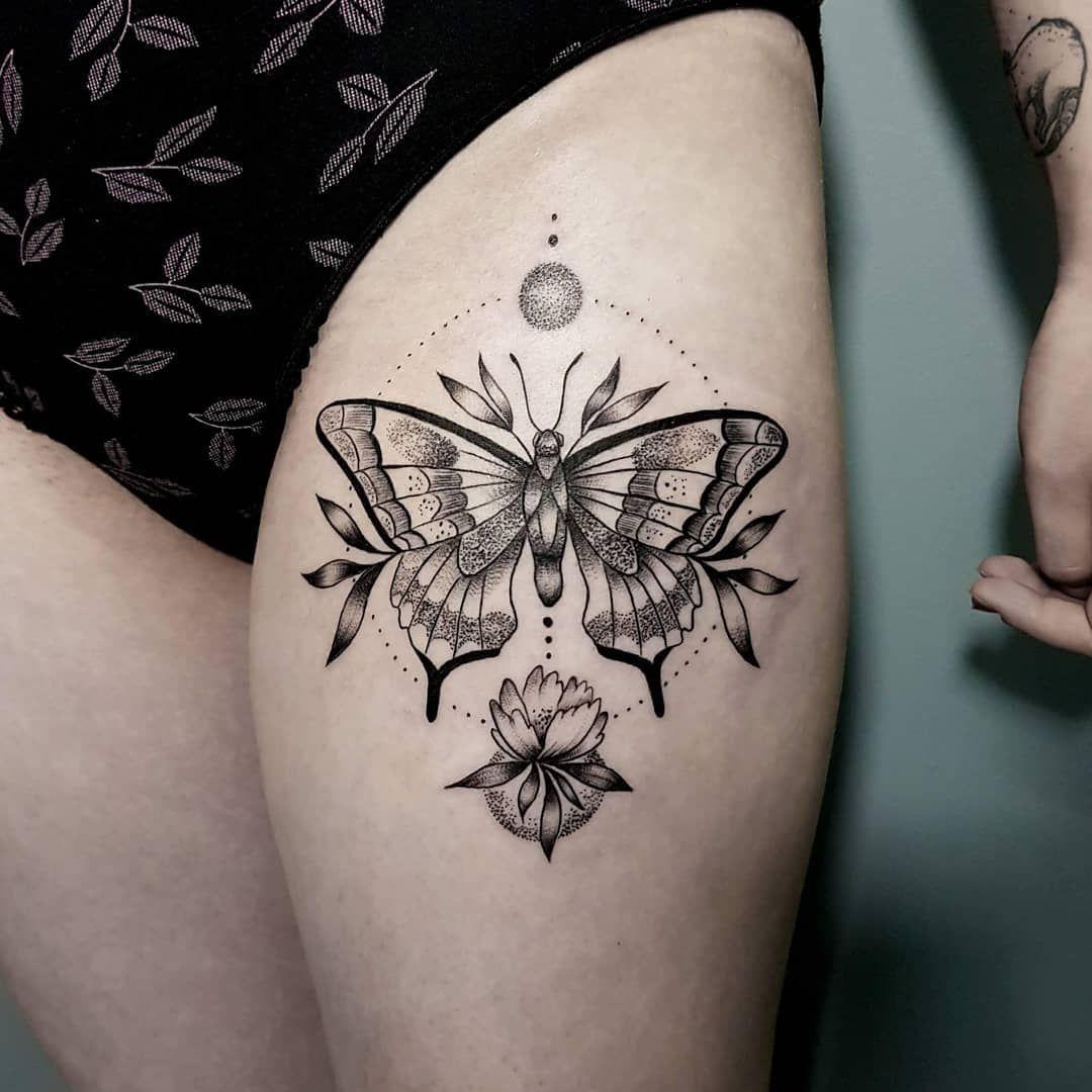 thigh tattoos for women